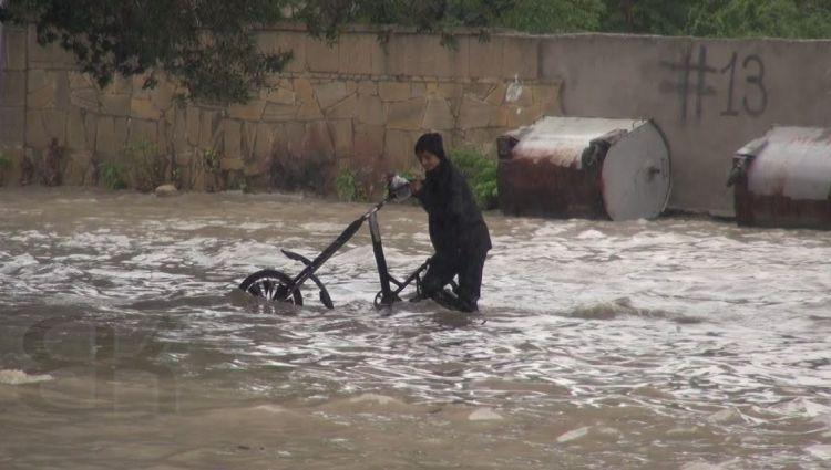 Maştağa - Nardaran - Bilgəh yağış vaxtı VİDEO
